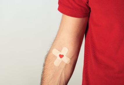 Covid-19 e donazioni di sangue e plasma, ecco come comportarsi se si risiede nelle regioni rosse e arancioni